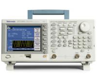 Генератор сигналов Tektronix AFG3251C